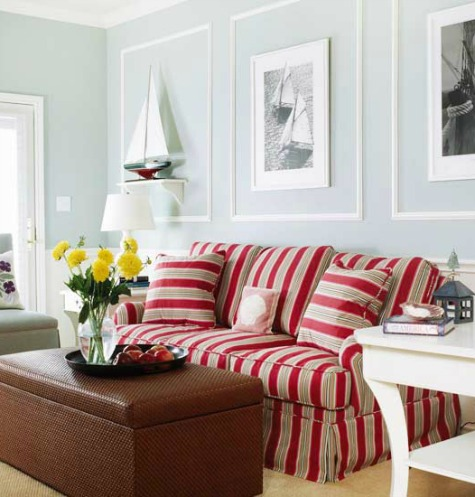 Red StripeSofa in Living Room