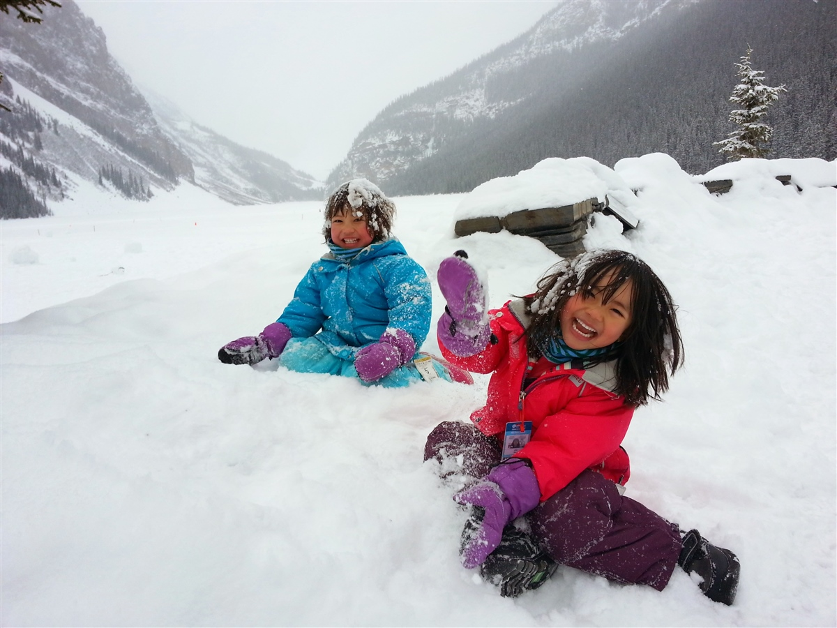 keeping kids warm in winter play outside guide