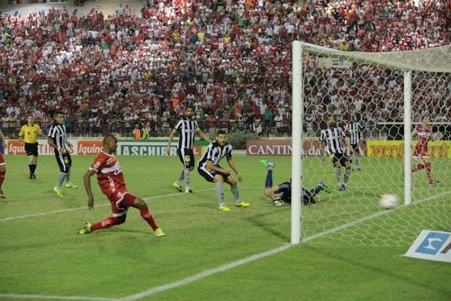 Botafogo perde mais uma e mira a permanência na Série B