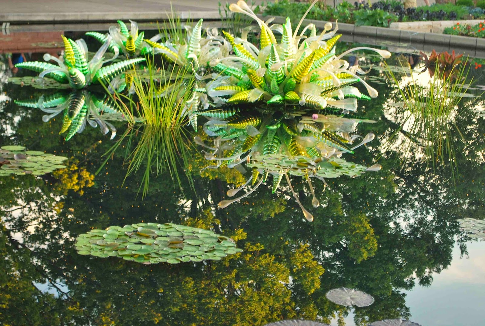 Arts Food Dale Chihuly Exhibition At The Denver Botanic