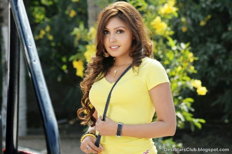 Komal+Jha+Latest+Sizzling+Top+Dress+Photos+(6) Komal Jha Latest Sizzling Top Dress Photos