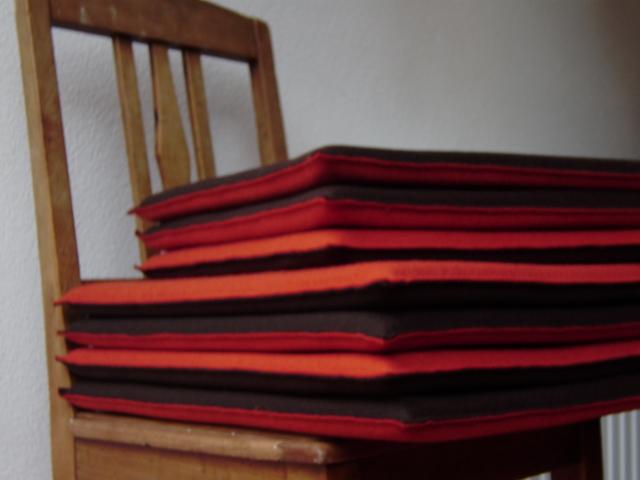 filz wissenswertes und impressionen sonderanfertigung von sitzkissen aus wollfilz. Black Bedroom Furniture Sets. Home Design Ideas