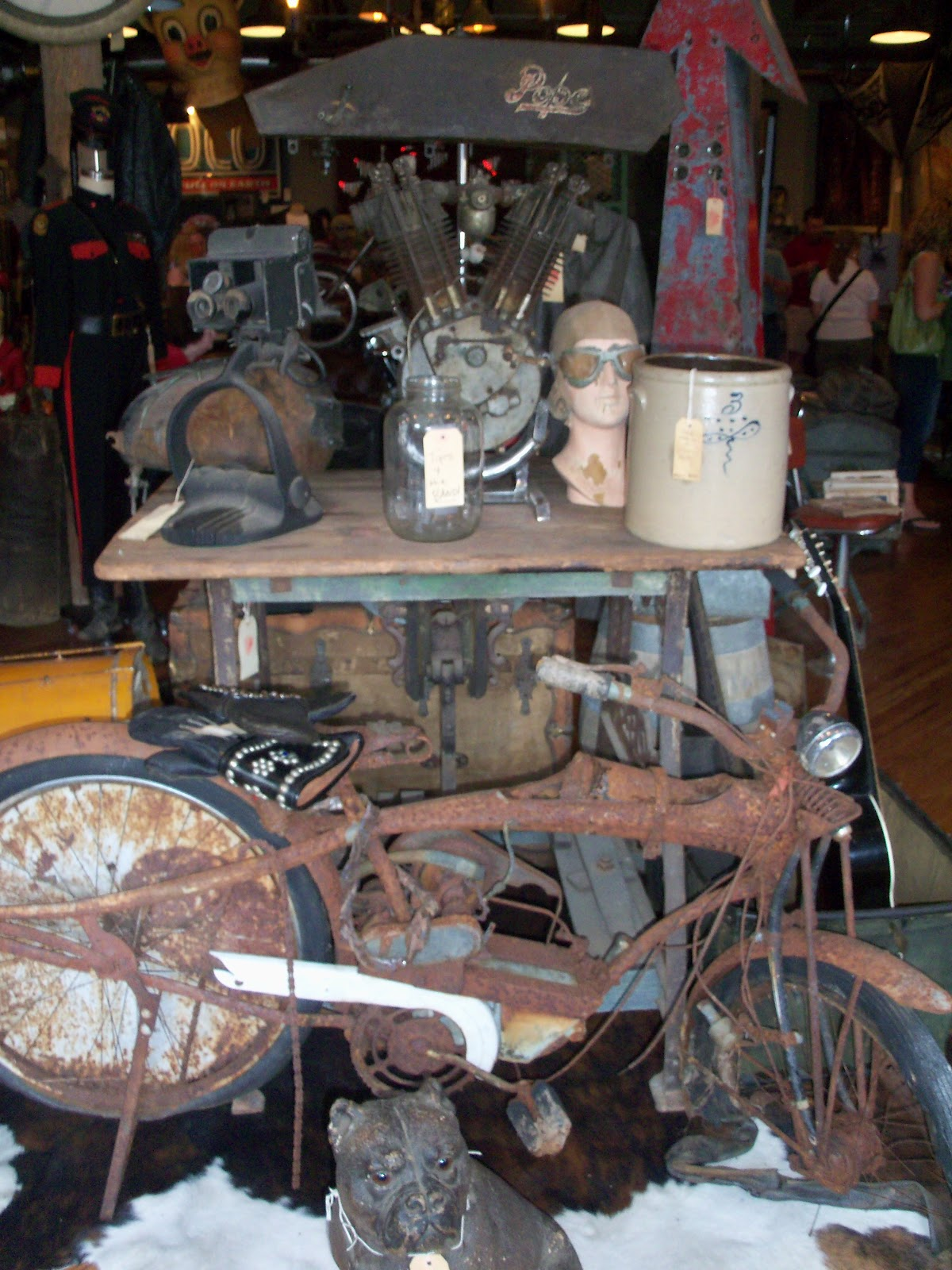 Shelly 39 s vintage blog antique archaeology store in nashville for Antique stores in nashville