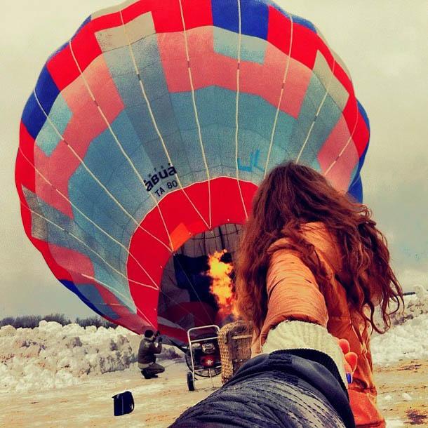 Follow Me To - Balão - Fotógrafo Murad Osmann segue a namorada pelo mundo