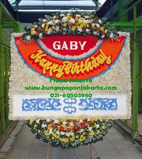 bunga papan ucapan selamat ulang tahun