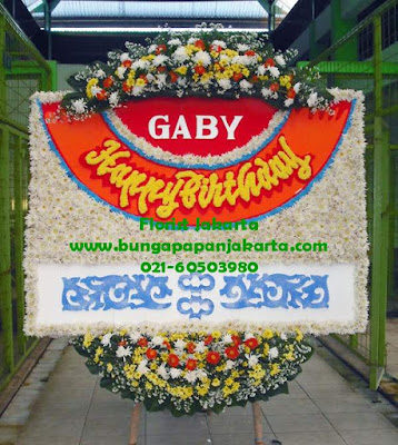 bunga papan untuk ulang tahun