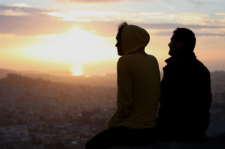 Favorite links including posts about prejudice against unconventional couples to avoiding garbage relationship advice