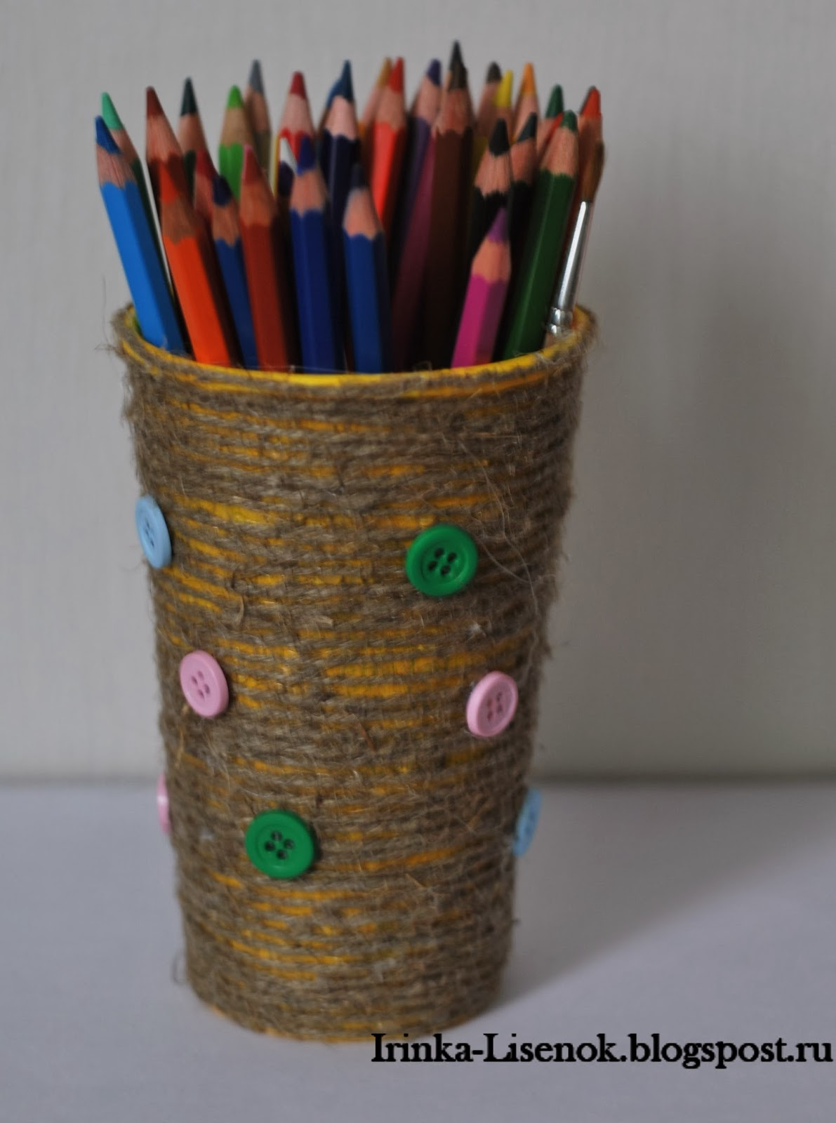 Делаем карандашницу своими руками