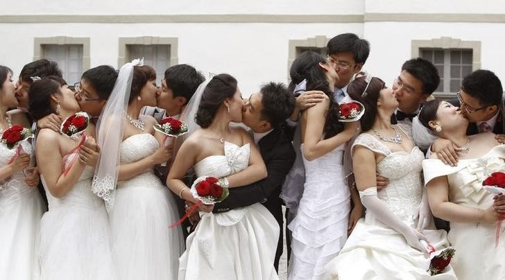 The most dreadful day of the year for single guys and girls is approaching in a few weeks. No, it's not the Valentine's Day. In China, there is a day that can be a hundred times worse than the Valentine's Day: the Lunar New Year.
