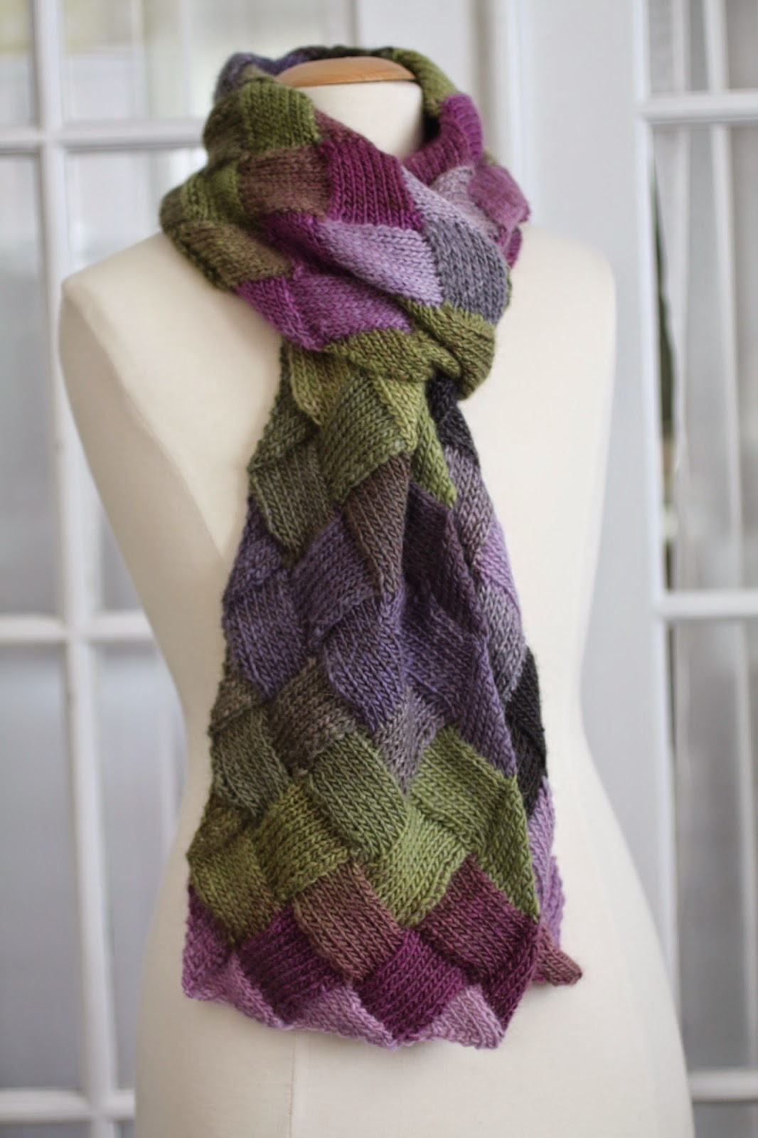 Free Knitting Patterns Entrelac Scarf : Brooketrout Designs: Entrelac Scarf