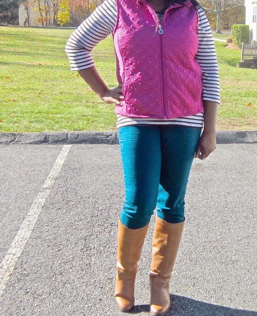 Puffer vest how to wear, Cognac Boots, Teal Skinny jeans