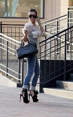 Kardashian Jeans on Jeans Kim Kardashian Jpg
