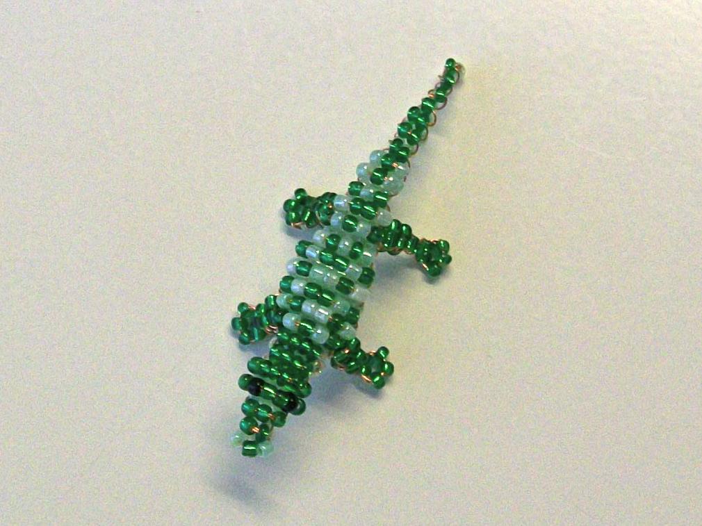 зелёный бисер № 11 двух
