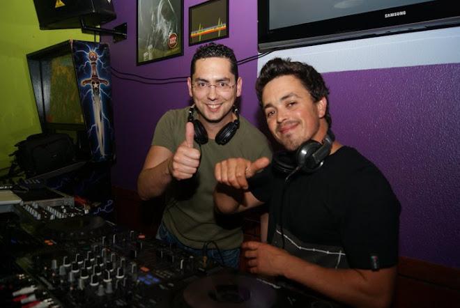 DJ Rui Miguel & DJ Bob @ Acústico Bar - Carvalhal - 30 Abril 2011