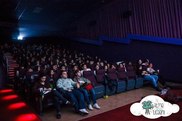 filme pentru liceeni 2015 macondo