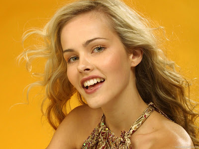 Isabel Lucas Top Actress Wallpaper
