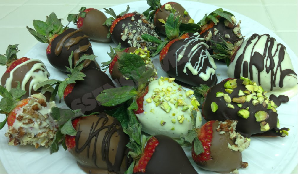 Valentine's+Day, Chocolate+dipped+strawberries