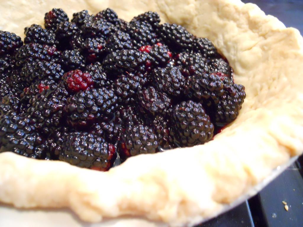 Joie Patisserie: Lime & Blackberry Italian Meringue Pie