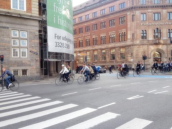 велосипеды и велосипедисты в Копенгагене Дания