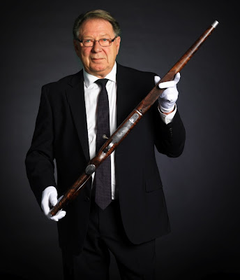 World's Most Expensive Shotgun Seen On www.coolpicturegallery.us