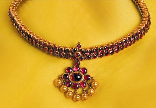 Indian Naklesh S Sudhakar Gold Works