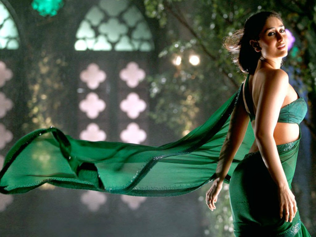 Kareena Kapoor in saree Wallpaper