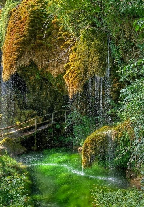 Caves of St. Christopher Labonte, Italy: