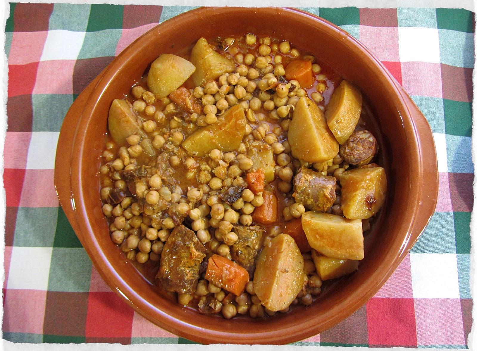 Garbanzos con patatas y chorizo for Corzo con patatas