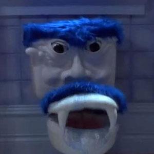 """Babak tandas berkata-kata dalam filem """"Look Who's Talking Too"""" (1990)."""