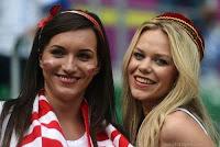girl fan in euro 2012 wallpaper