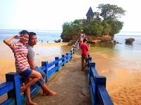 pantai malang, pantai di malang, wisata pantai di malang, objek wisata di malang