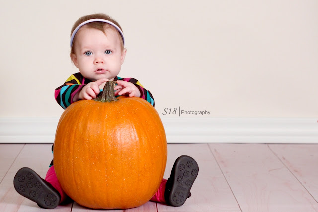 pumpkin+8 Sydneys Fall Pictures | Marlton New Jersey Baby Photographer