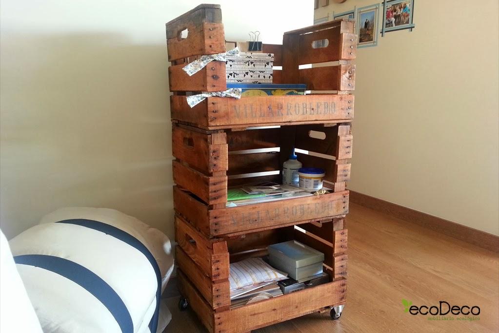 reciclar cajas de fruta y de vino para crear muebles