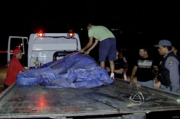Égua da PM morreu após levar um choque em gramado perto da Arena Pantanal.