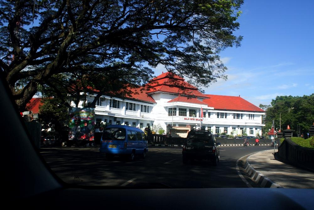 MUNICIPAL BUILDING MALANG GEDUNG BALAI KOTA