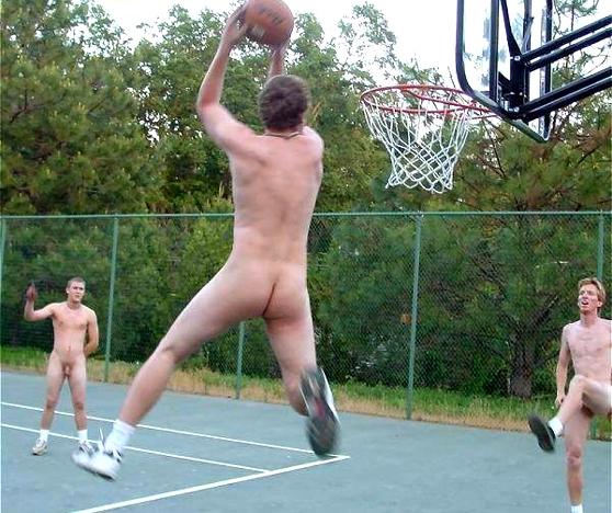 video-goliy-basketbol-s-parnyami