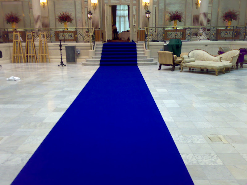 Coldwell Banker Rolls Out Blue Carpet For California