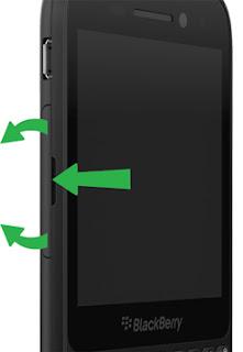 Membuka penutup SIM BlackBerry Q5