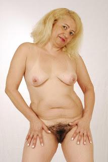 Casual Bottomless Girls - rs-Image00479-706880.jpg