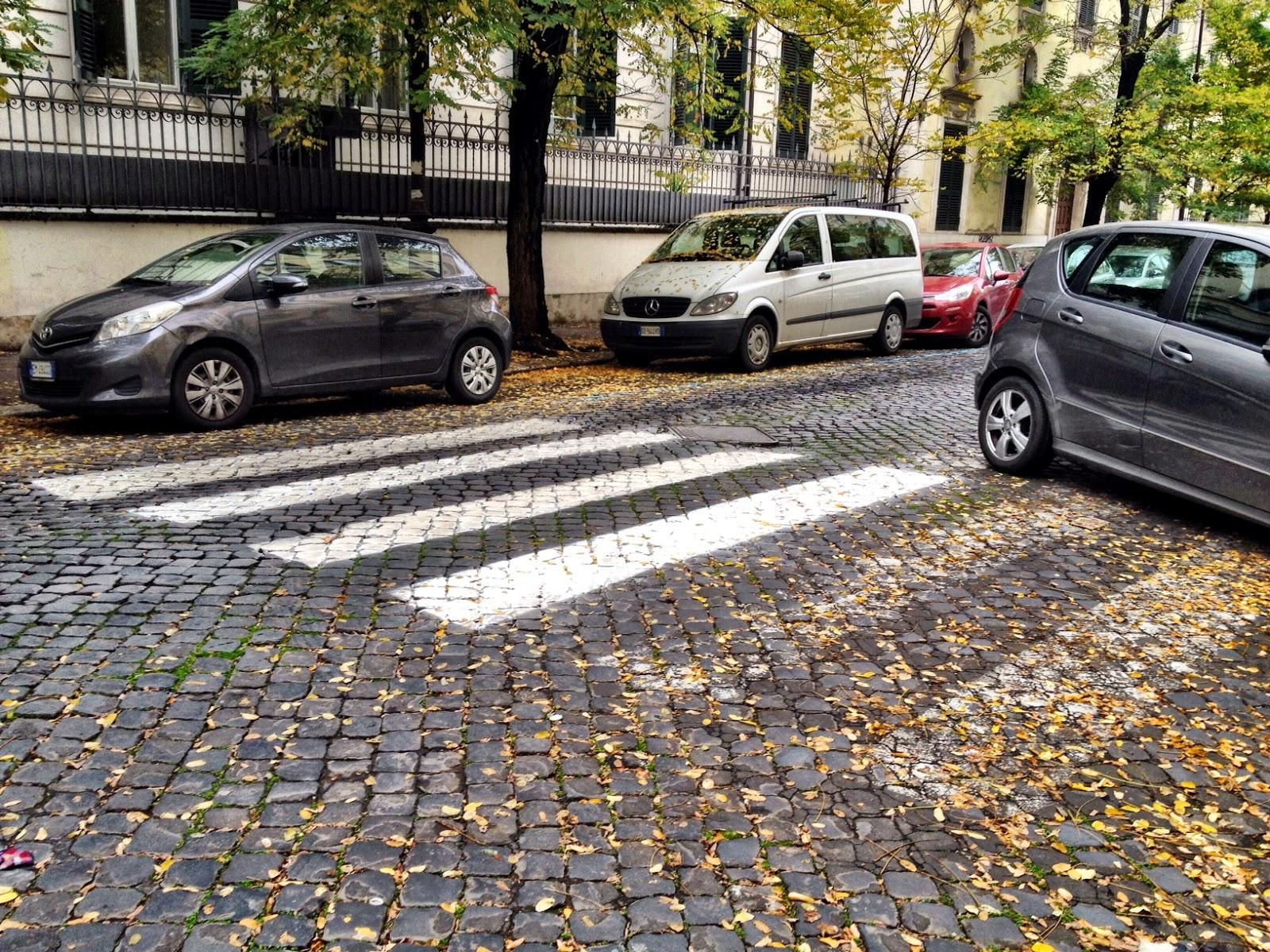 Dipingere Strisce Parcheggio : Agosto mese di strisce blu e tragedie esotiche