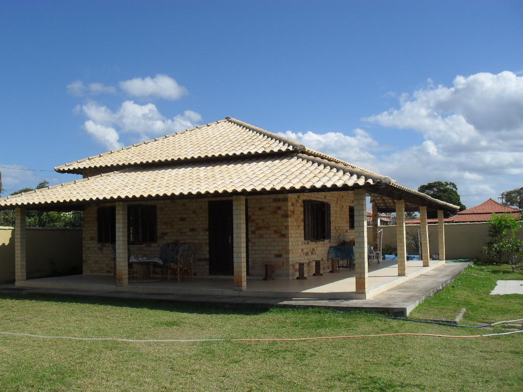 Ajaimoveis saquarema saquarema a 600 mts praia linda casa for Piani di casa coloniali tradizionali
