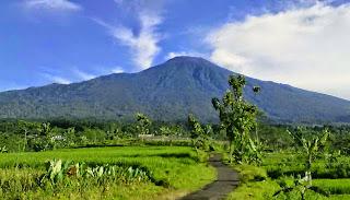 Gunung Slamet, di Jawa Tengah