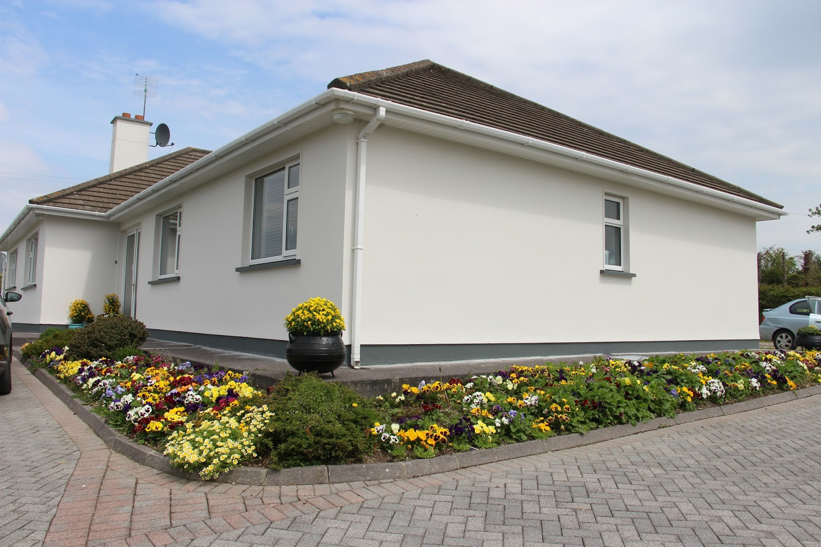 arc house cancer suport has opened in bantry