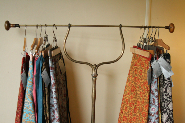ooh la jena how to build a vintage clothing display for