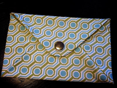 envelope clutch see kate sew, see kate sew sew along, making my first button hole, ideas for NICU blankets, how to store nicu and preemie things