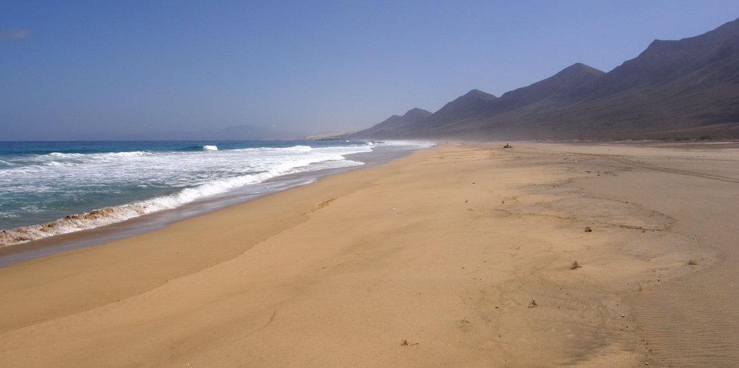 Cofete nude beach (Fuerteventura)