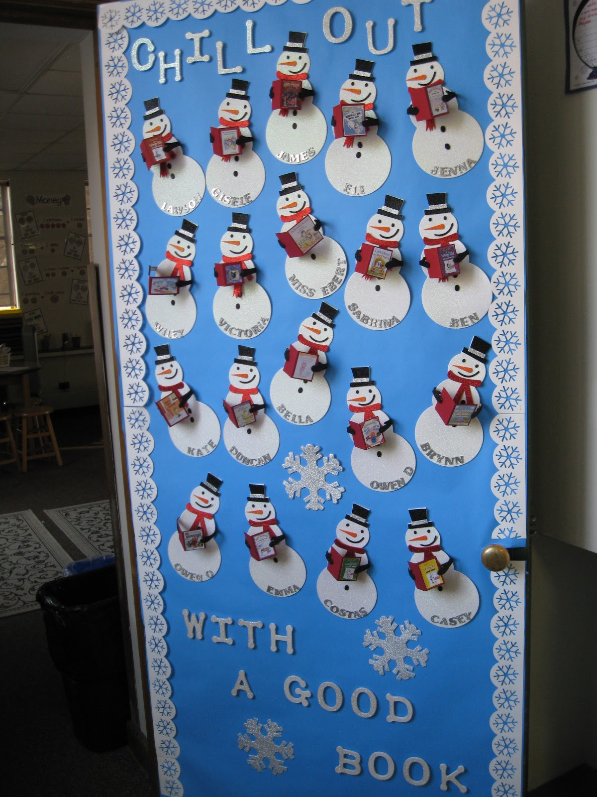 Winter Decorations For Preschool Classroom ~ Holiday door decorations for classrooms and creative but