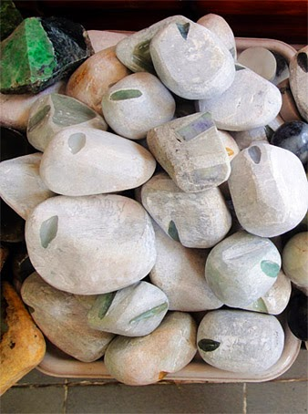 raw jade stones