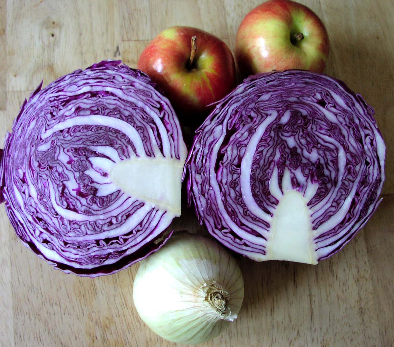 how to cook with german red cabbage