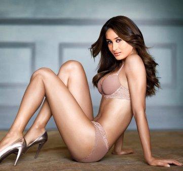 Zero size nude girlls
